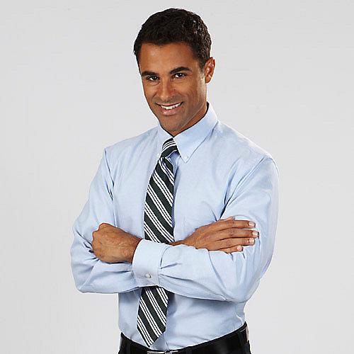 Van heusen dress shirts 13v0024 men 39 s long sleeve button for Oxford vs dress shirt